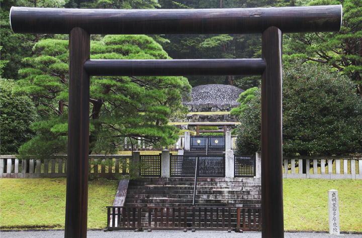 貞明皇后墓稜-031