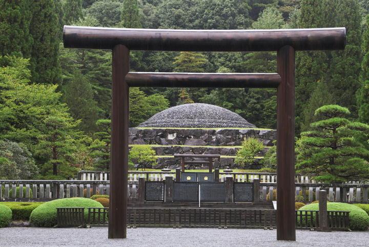 昭和天皇御陵-038