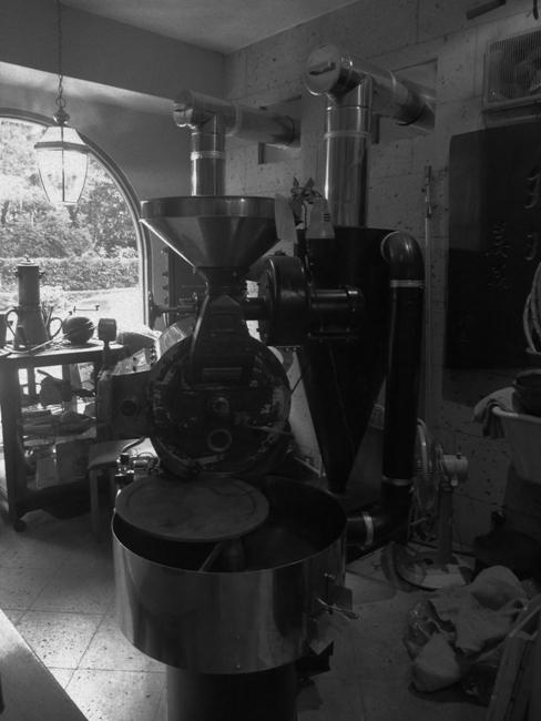 珈琲美美のフジローヤル焙煎機