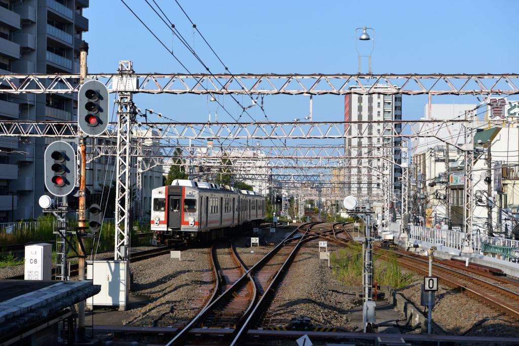 東急蒲田駅から見る多摩川線