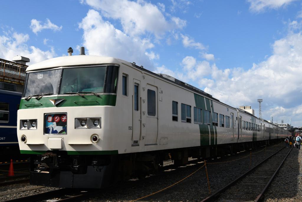 大宮車両センターの波動運行用電車
