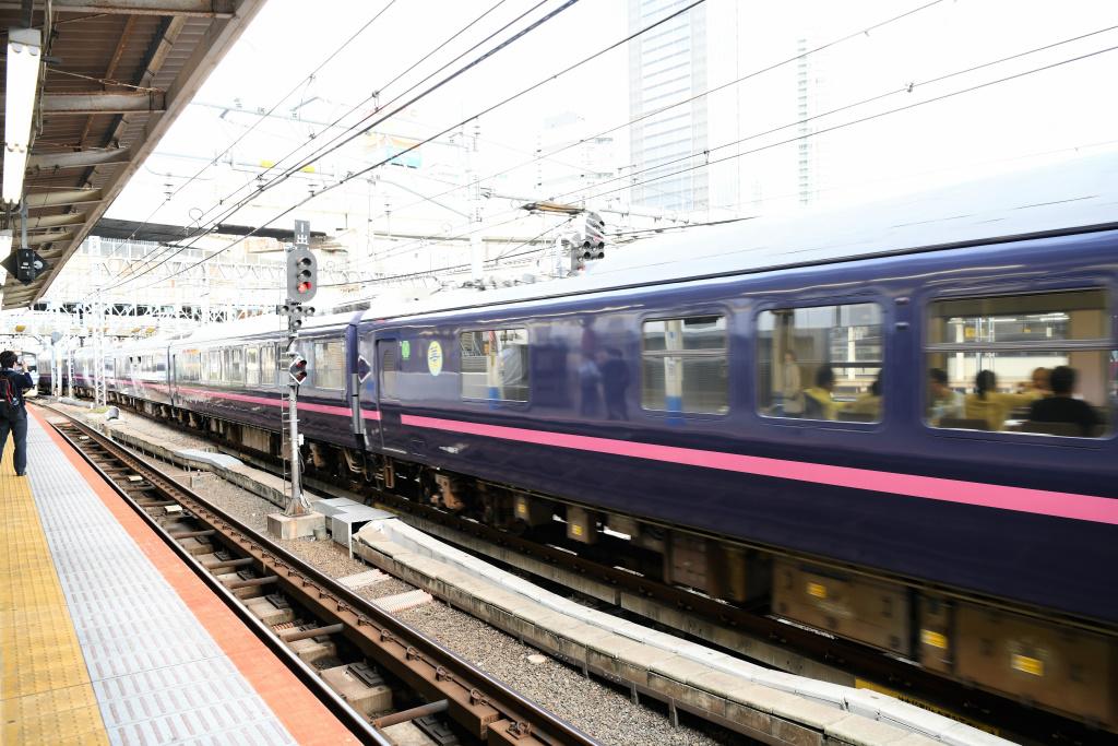 横須賀線 進入