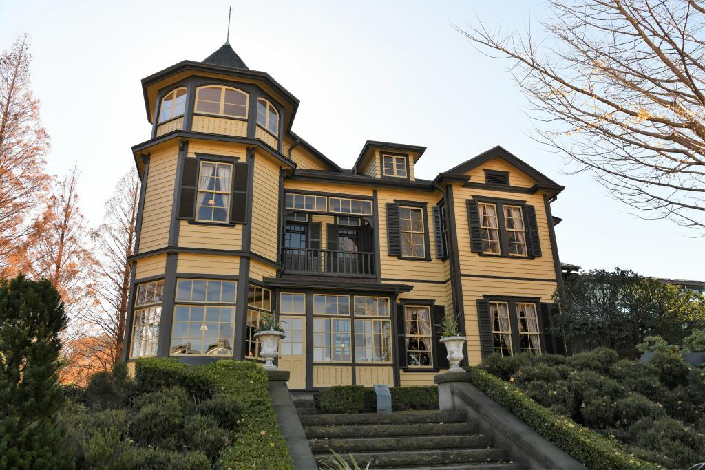 外交官の家 1