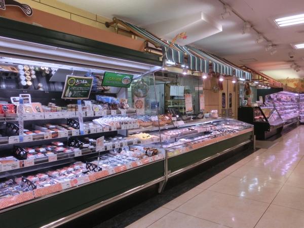 鮮魚精肉売場
