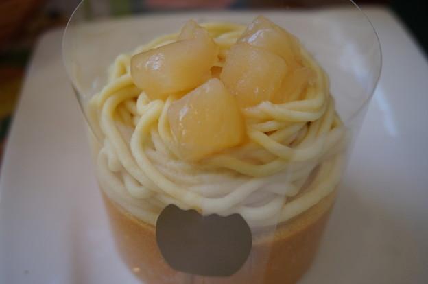 リンゴとサツマイモのモンブラン