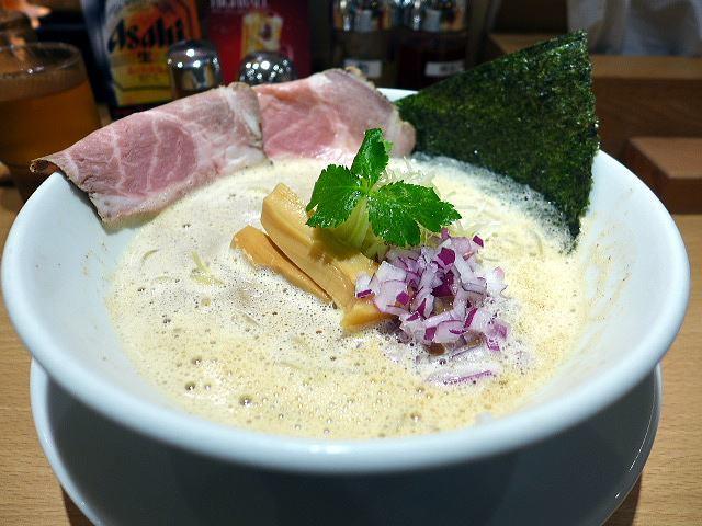 うまい麺には福来たる 西中島店@01うまい鶏白湯らー麺 並 1
