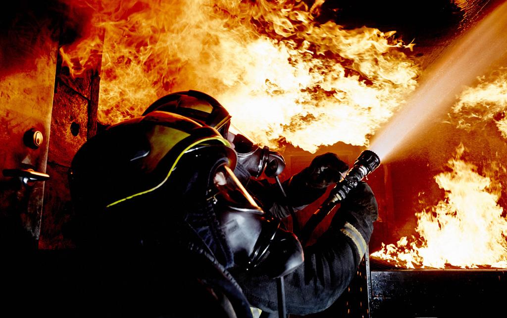 消防団,消防車,消火活動