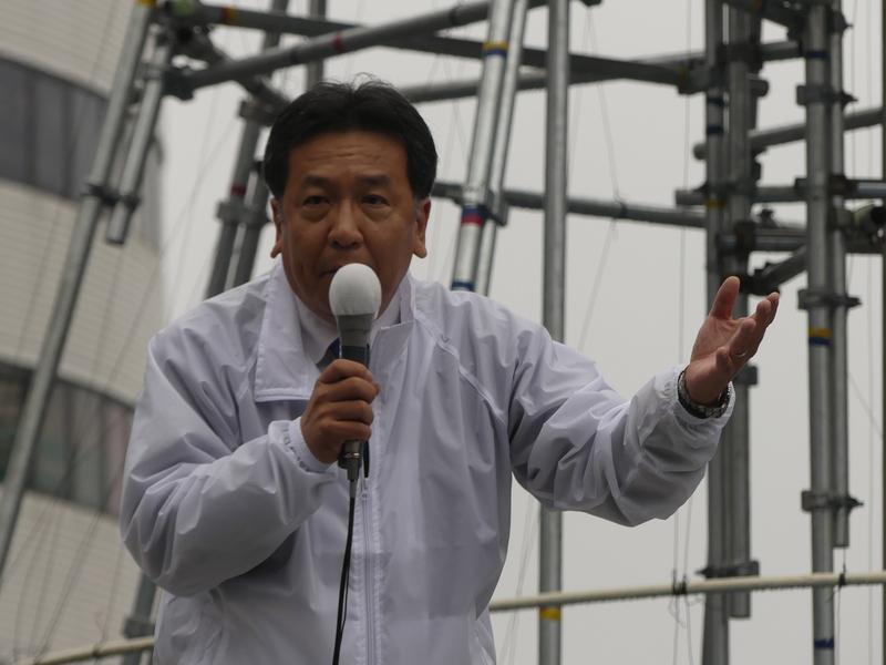 枝野氏遊説に約1000人!吉祥寺駅北口前 「野党党首の遊説に、こんなに人が来たことはない」
