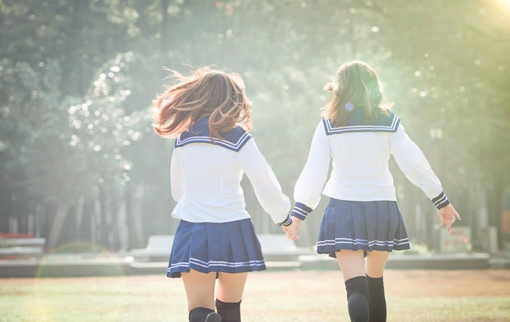 女子高生,黒髪,茶髪,セーラー服,制服