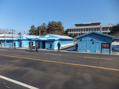 朝鮮半島の南北軍事境界線がある板門店