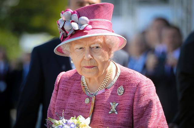 【脱税疑惑】パラダイス文書公開、鳩山由紀夫・元首相、エリザベス英女王など2-2