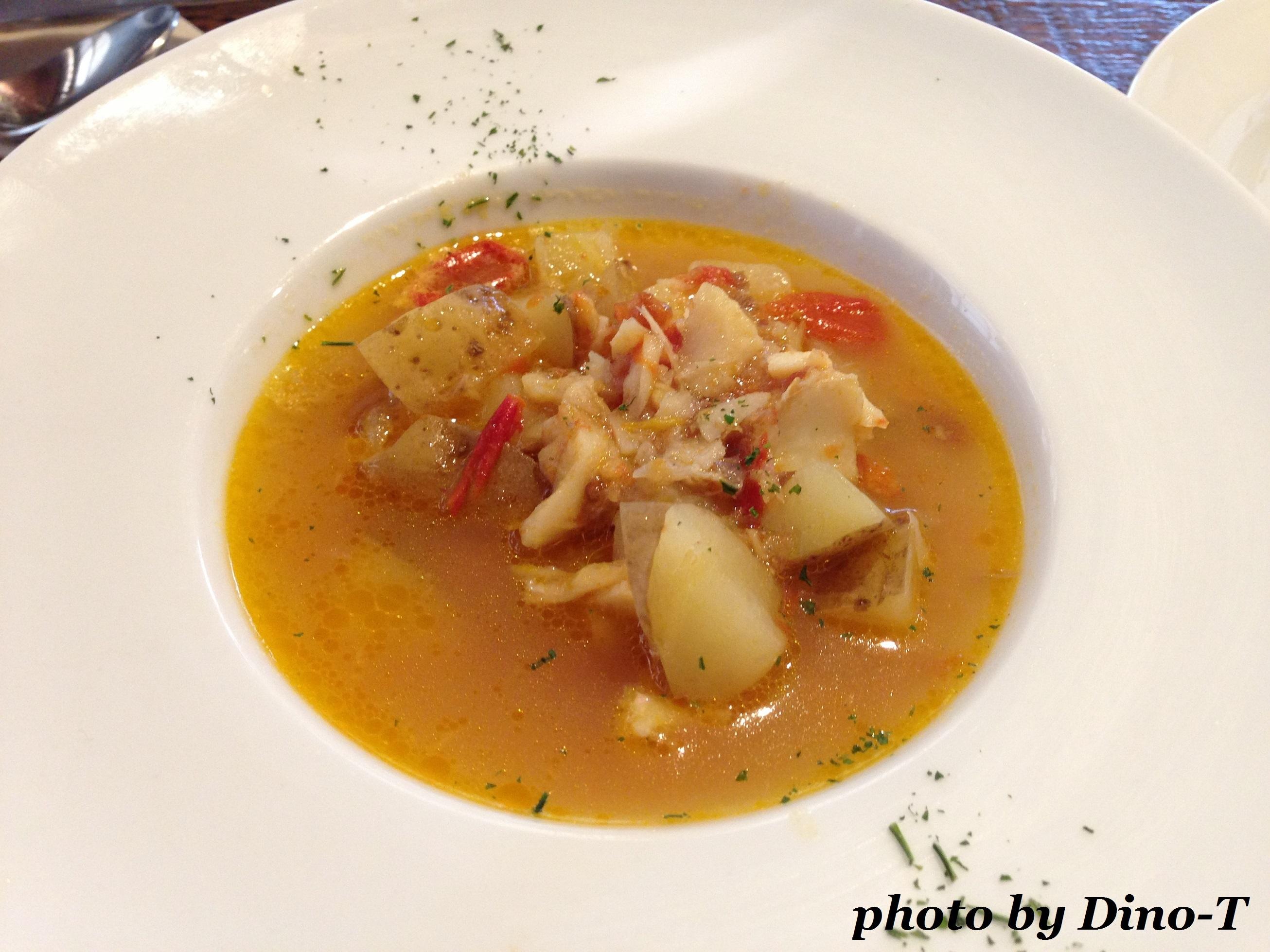 魚介のサフランスープ1