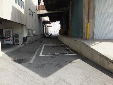 旧国鉄蛇松線跡・沼津通運倉庫