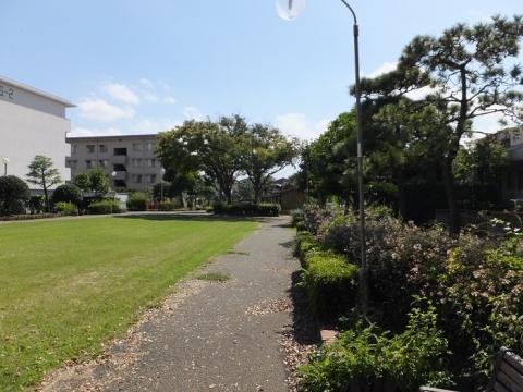 蛇松緑道・千本東町分岐点付近