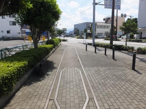 沼津港へ向かう蛇松線