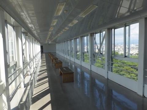 沼津港大型展望水門「びゅうお」連絡橋