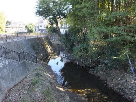 鶴見橋旧河道・郷見橋付近