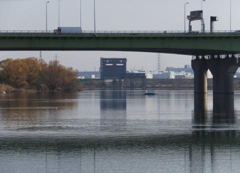 荒川第一調節池・水位調節堰、排水門