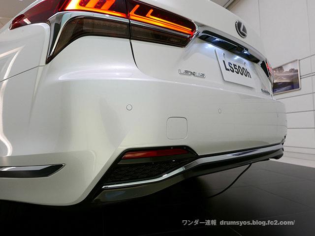 LexusLS500hvL33_201711221655023b4.jpg