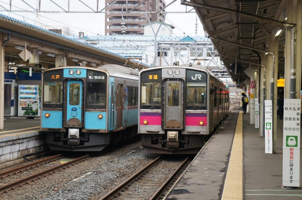 青森駅25