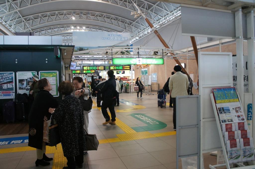 八戸駅07