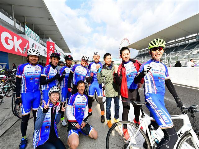 team01_R.jpg