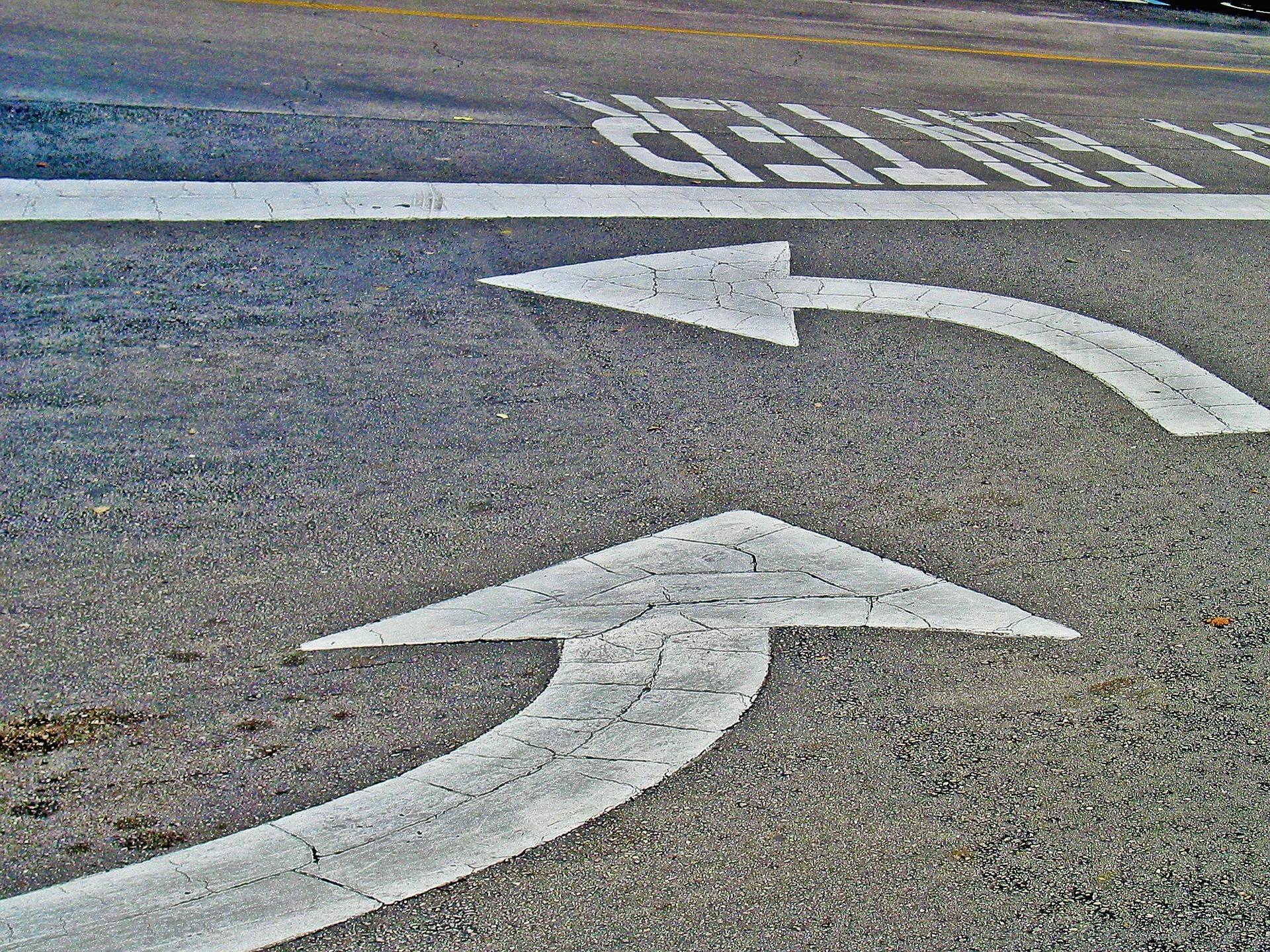 arrows-500751_1920.jpg
