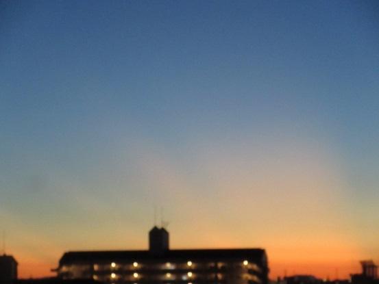 ・A01 朝5時16分の朝焼け 10.30
