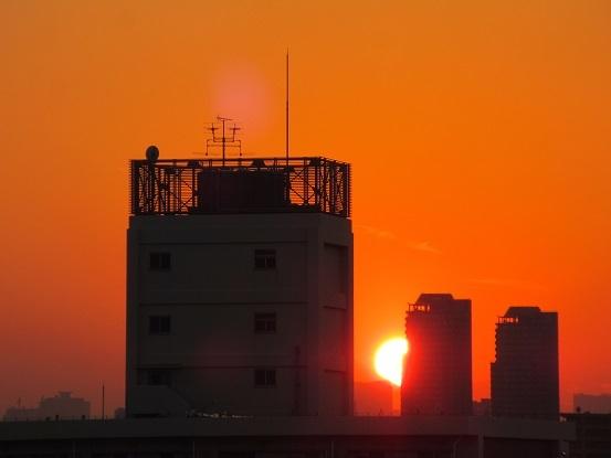 4B01 お迎えの夕日 1101