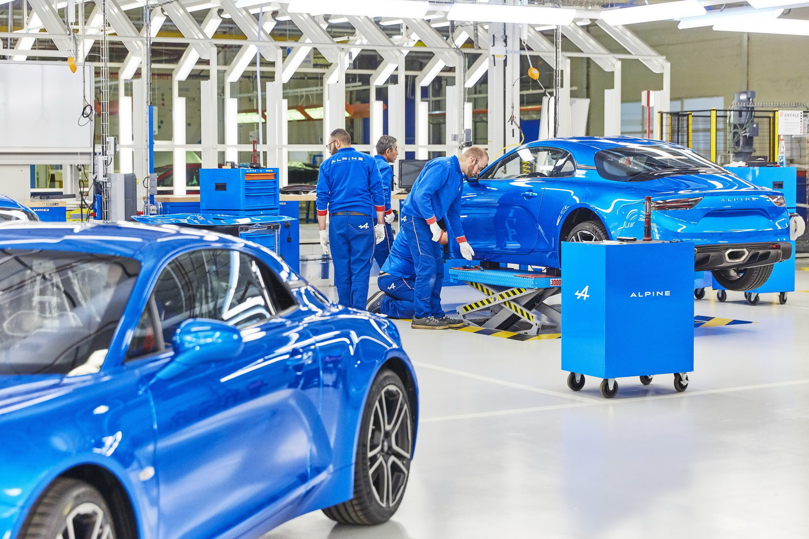 Alpine-A110-production-11.jpg
