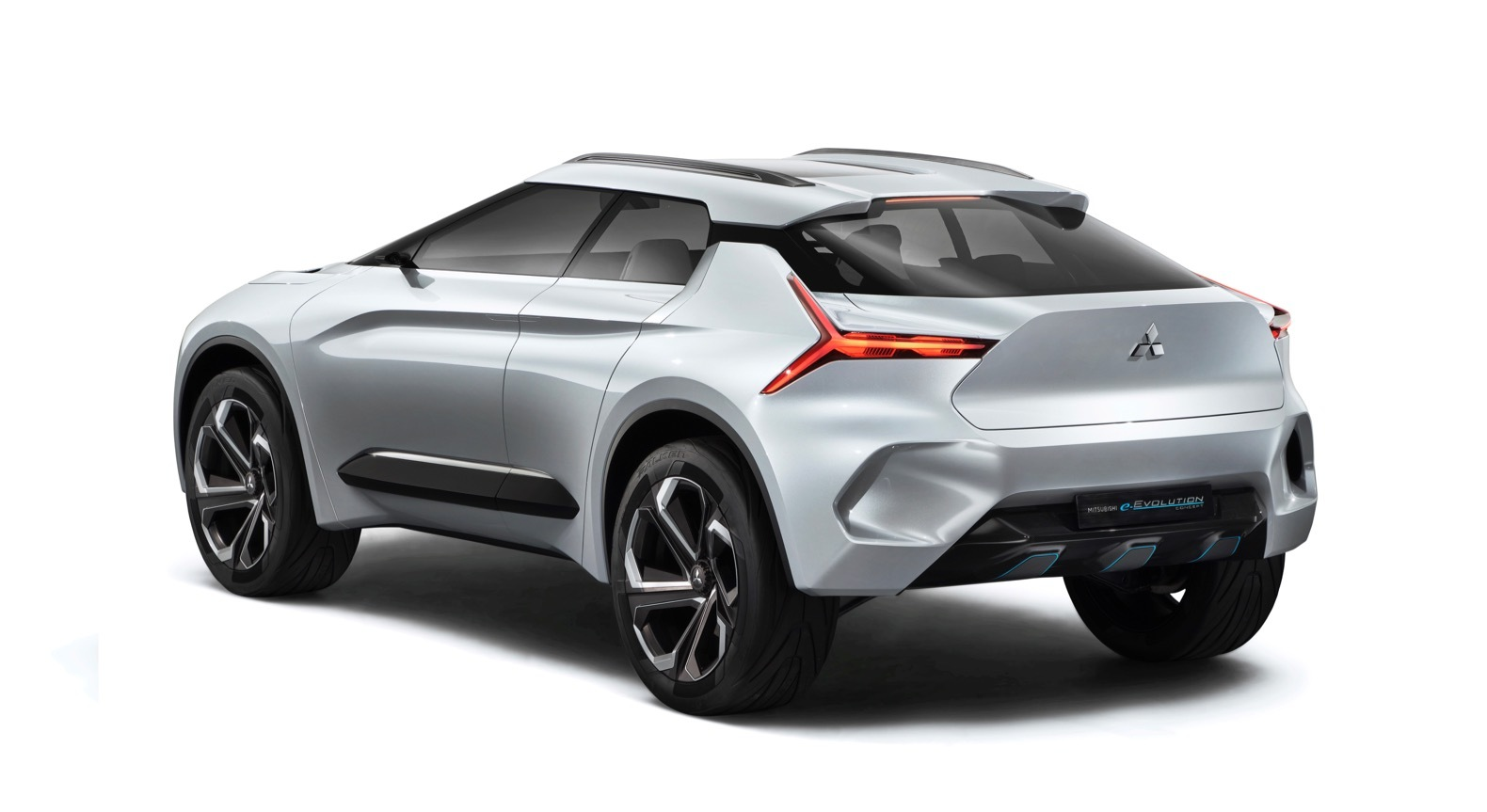 Mitsubishi-e-Evolution-Concept-0007_201710252328330f3.jpg