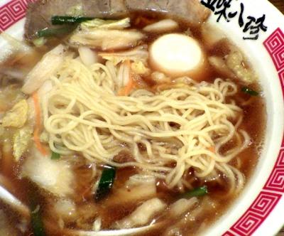 五味八珍 藤井寺店 五味八珍ラーメン 煮卵入り(麺のアップ)