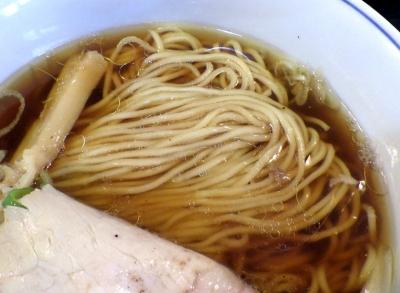 ロックンビリーS1 尼ロック(麺のアップ)