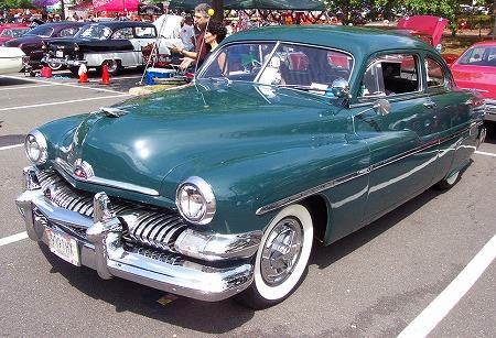 1951-Merc-green-sedan-le.jpg