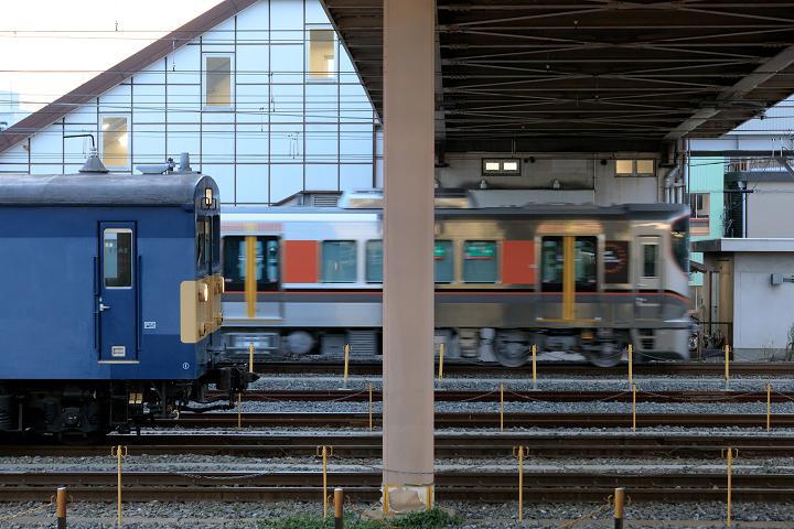 クモヤ145-936s