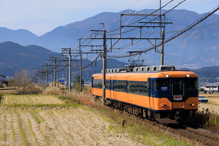 Kintetsu16000-4s.jpg