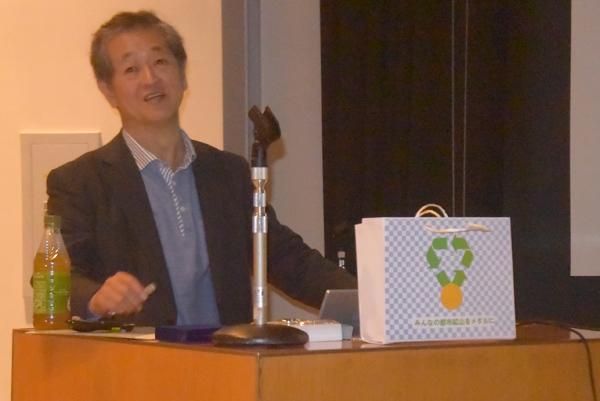 講演する原田幸明さん(10月のつくば楽楽大学)