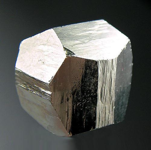 No.1002 Pyrite