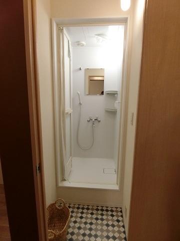 目白台シェアハウス2階シャワールーム