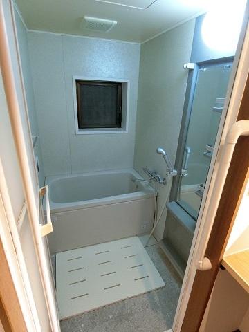 目白台シェアハウス浴室