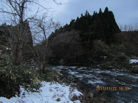 真瀬川、冬