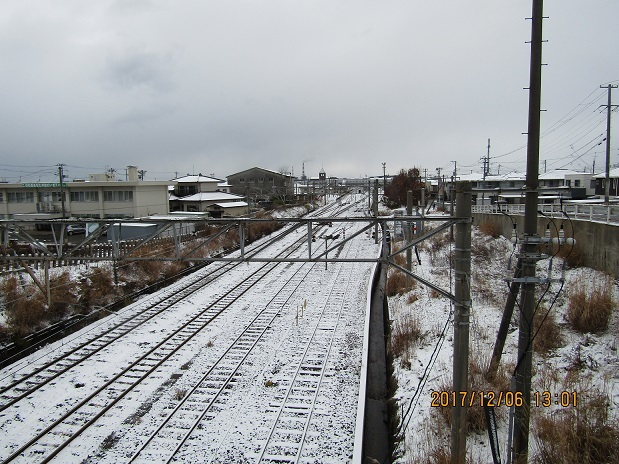 線路に雪が1