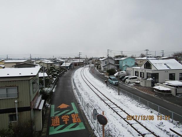 線路に雪が2