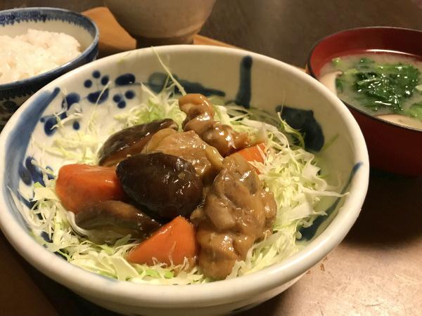 Oct18_鶏肉と野菜のあんかけキャベツ丼