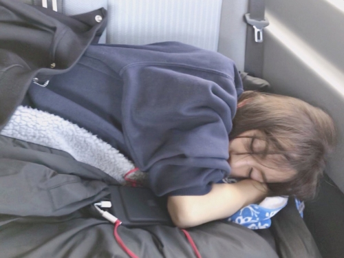 ともちんこと板野友美の最新画像wwwwwwwwwwww寝顔あり