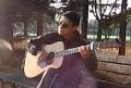 屋根裏のオールドギター