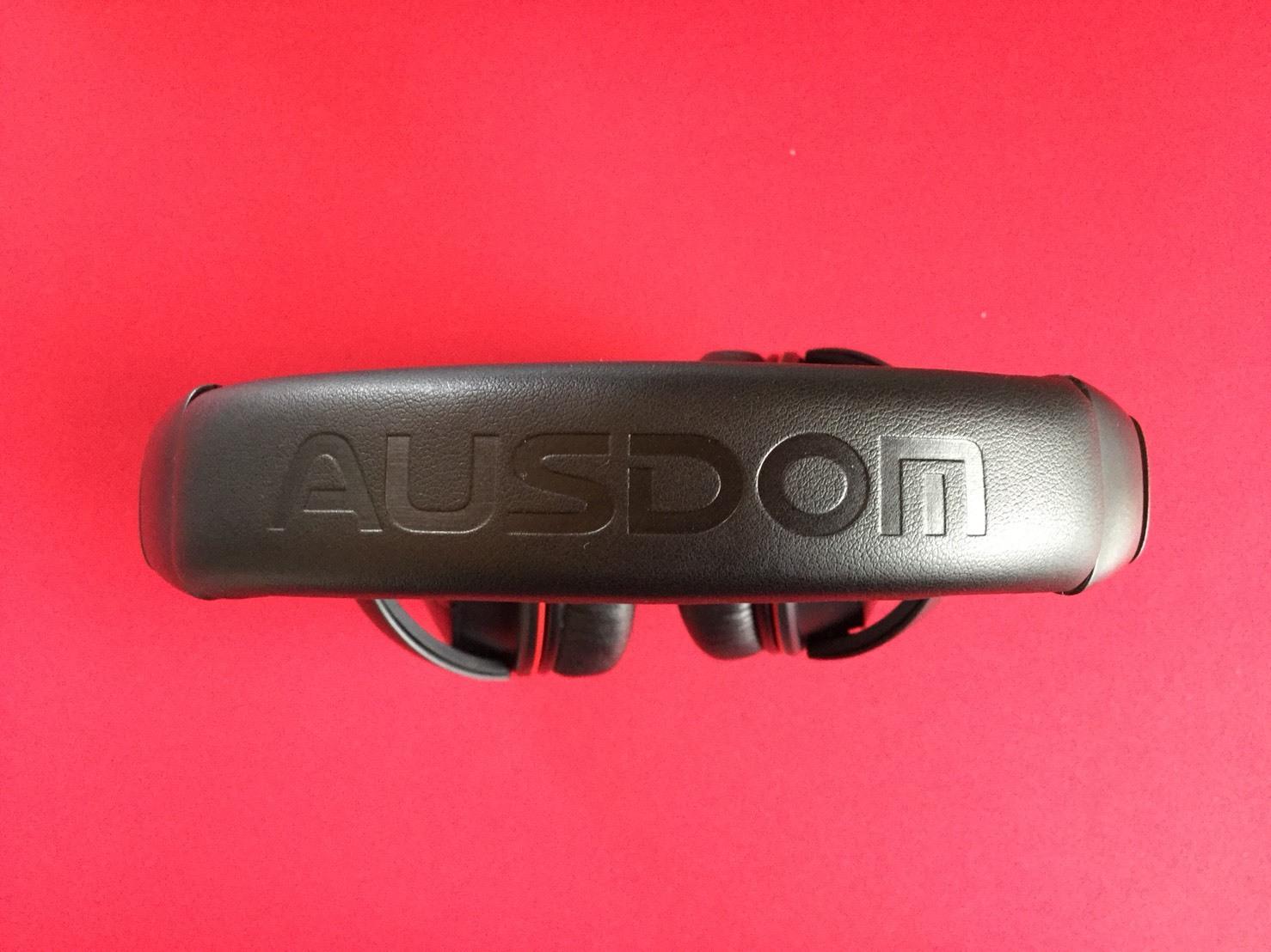 Bluetoothのヘッドホン10