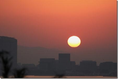 171127001 能古島から見た1127の日の出(鵲)