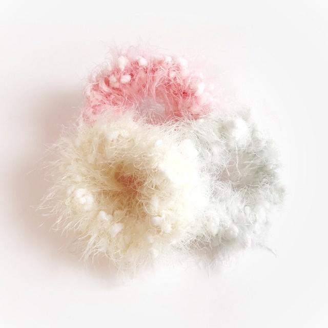 手編み雑貨 HanahanD モールとファーの冬糸シュシュ パステルカラー