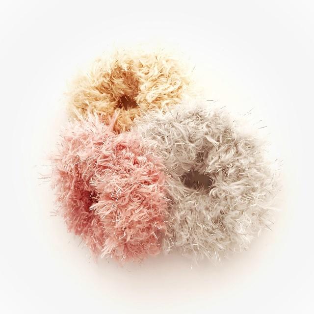 手編み雑貨 HanahanD フォックス ファー シュシュ 冬小物 ヘアアクセサリー